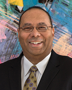 Dr. Quintin Robertson